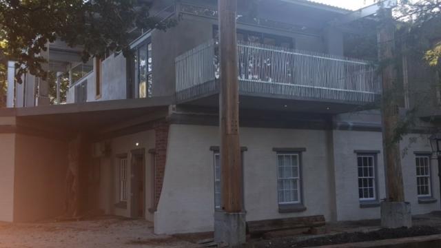 building contractors somerset west